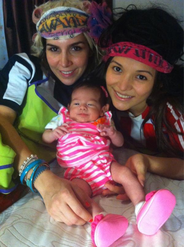 La Columnaria Blog | Presenta Karla Luna a su hija ...