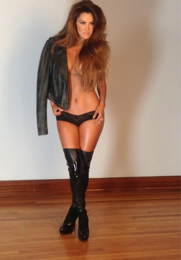 Revista H desnuda a Ninel con Photoshop